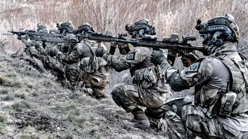 PKK'ya art arda darbe: 10 terörist daha etkisiz halde!