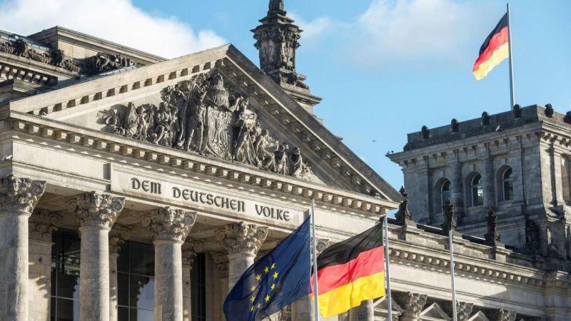 Almanya'da başbakan adayları genel seçimlerden önce son kez karşı karşıya geldi