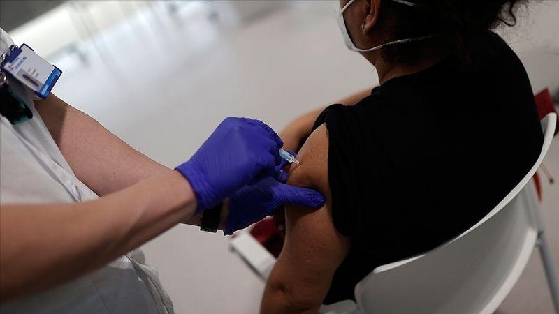Beyaz Saray'dan yeni karar: Aşı olmayanlar ülkeye alınmayacak