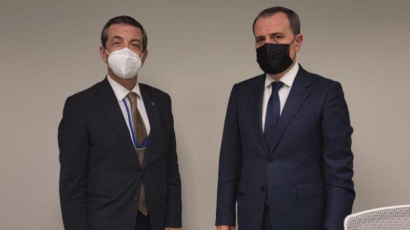 KKTC Dışişleri Bakanı Ertuğruloğlu, Azerbaycanlı mevkidaşı Bayramov ile görüştü