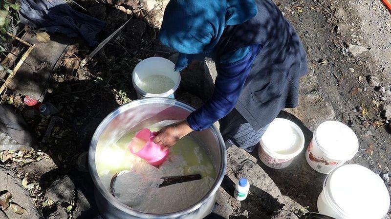 Ağrı'da kazanlar 'tel peynir' için kaynıyor