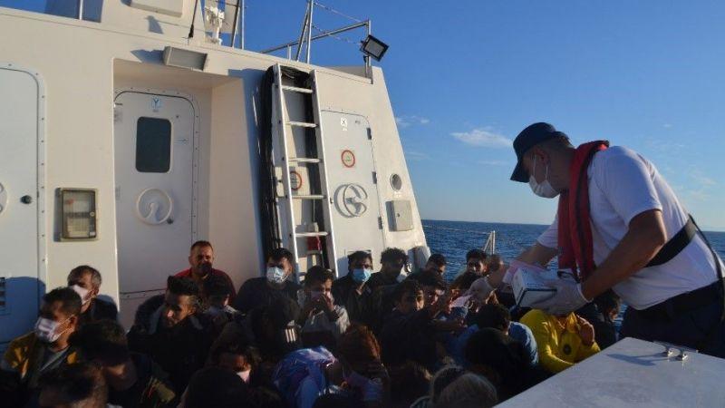 Yunan unsurlarınca Türk kara sularına itilen 306 düzensiz göçmen kurtarıldı