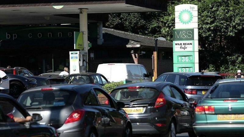 İngiltere'de benzin krizi: 5 bin şoföre geçici vize kararı