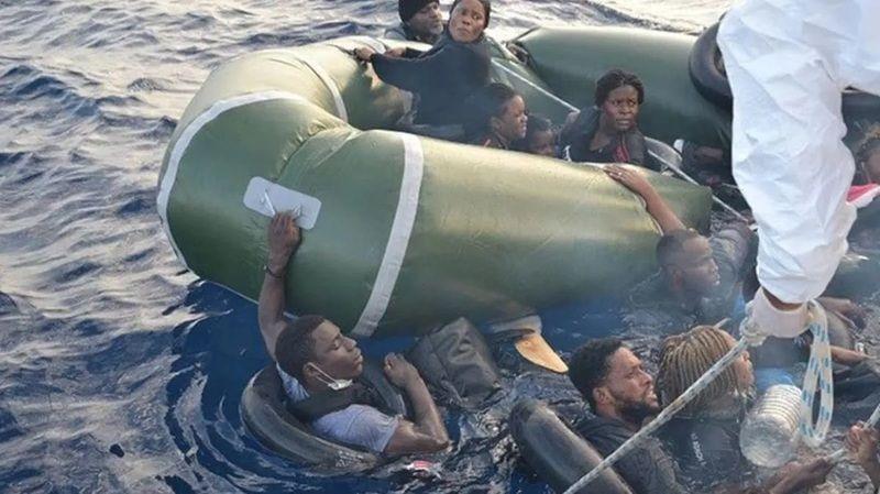 Yunanistan'ın döverek denize ittiği 2 göçmen öldü!