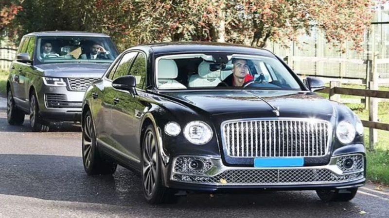 Cristiano Ronaldo korumalarıyla birlikte 7 saat benzin kuyruğunda bekledi, benzin alamadan gitti!