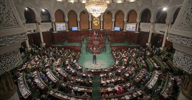 Tunus'taki Nahda Hareketinden 'demokrasiye dönüş' çağrısı