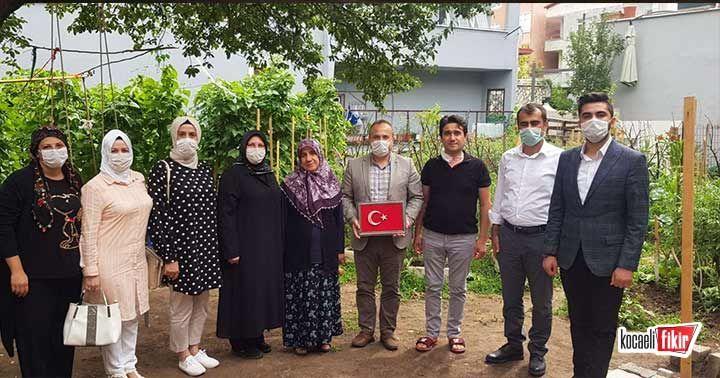 AK Parti Derince, şehit ailelerini ziyaret etti