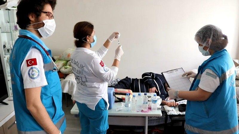 30 bin kişiye evde sağlık hizmeti