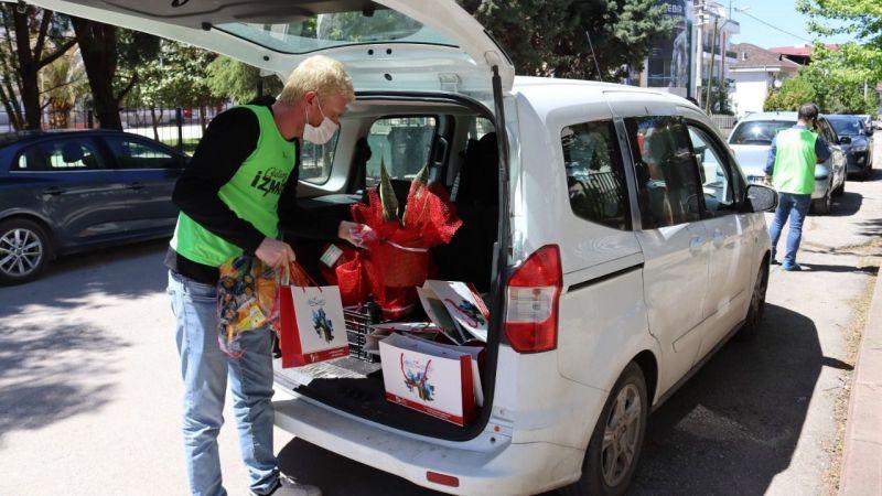 Engelli bireylere hediyeler verildi