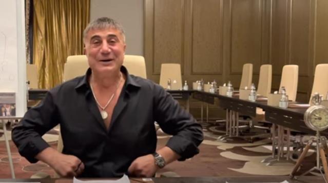 Sedat Peker, YouTube hesabında yayınladığı videolarda mekan değişikliğine gitti