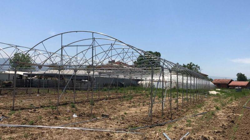 Büyükşehir, yüzde 50 hibe destekli seraları çiftçilere teslim ediyor