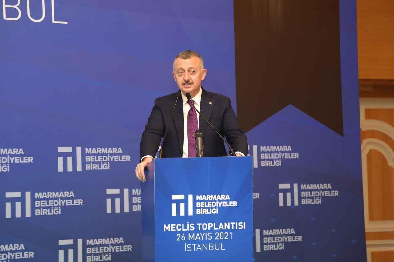 Tahir Büyükakın, yeniden başkan seçildi - Kocaeli Fikir Gazetesi