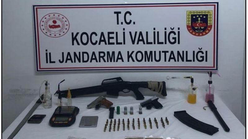 İzmit'te uyuşturucu operasyonu: 4 kişi gözaltına alındı