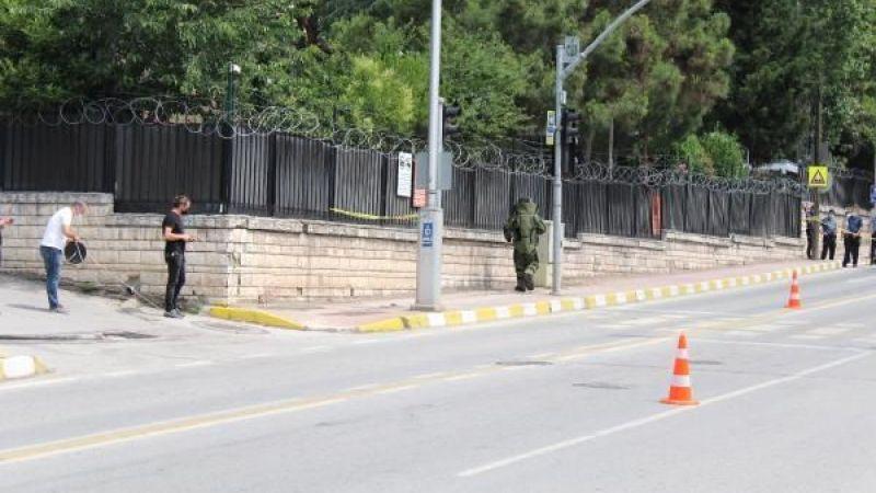 Askerlik şubesi önündeki şüpheli paket