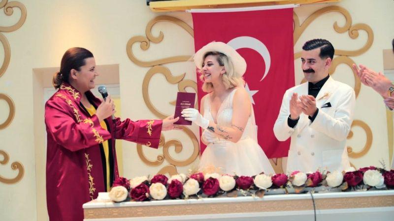 Yasaklar bitti, nikah rekoru kırıldı