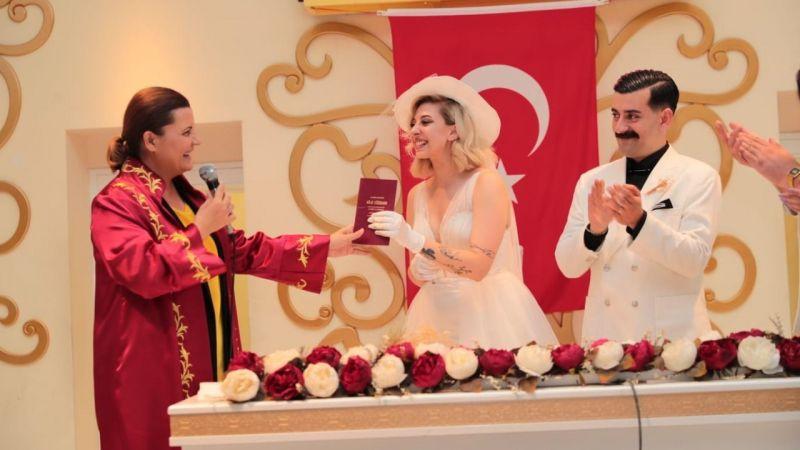 Rekor nikah sayısı ulusal basında yankı buldu