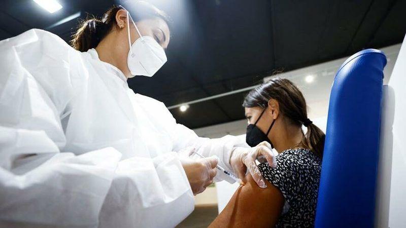 Üçüncü doz BioNTech aşısının yan etkileri belli oldu