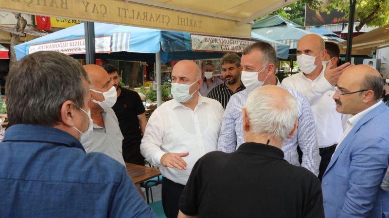 İki başkan Çınaraltı'nda vatandaşları dinledi