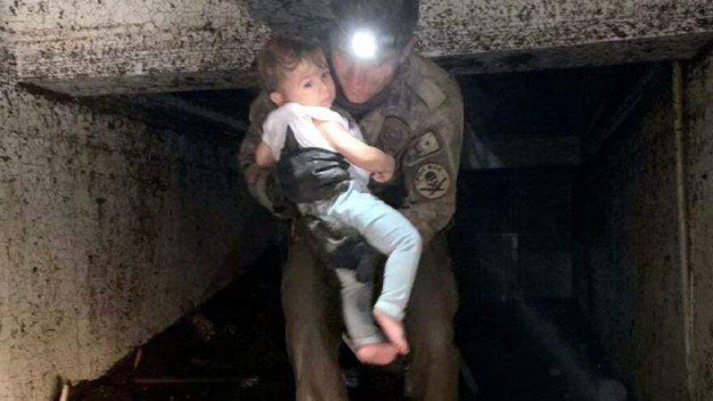 Selin vurduğu Bozkurt'ta mucize! Enkazda mahsur kalan çocuk kurtarıldı