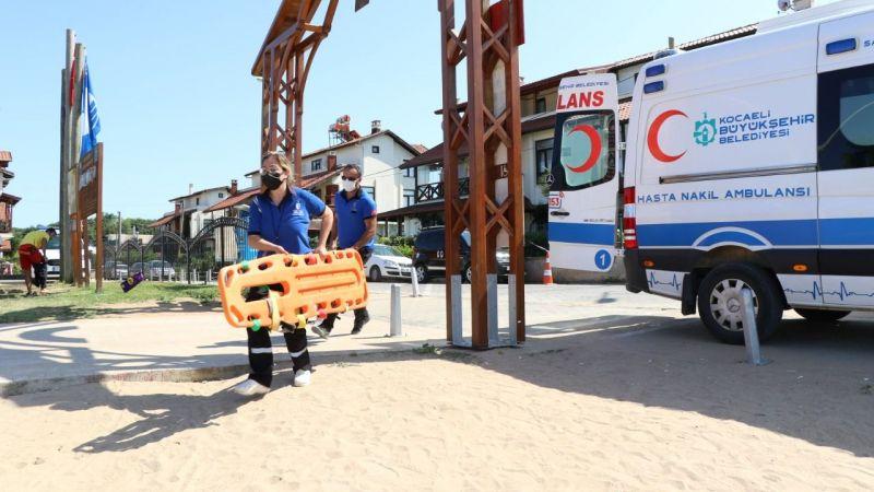 Hasta Nakil Ambulans sahillerde hayat kurtarıyor