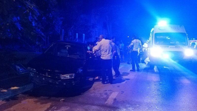 Kız arkadaşını gezdirmek için yola çıkınca kaza yaptı