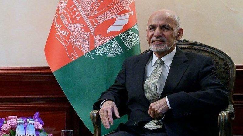 Taliban başkent'e girdi, Afganistan Cumhurbaşkanı Eşref Gani ülkeyi terk etti