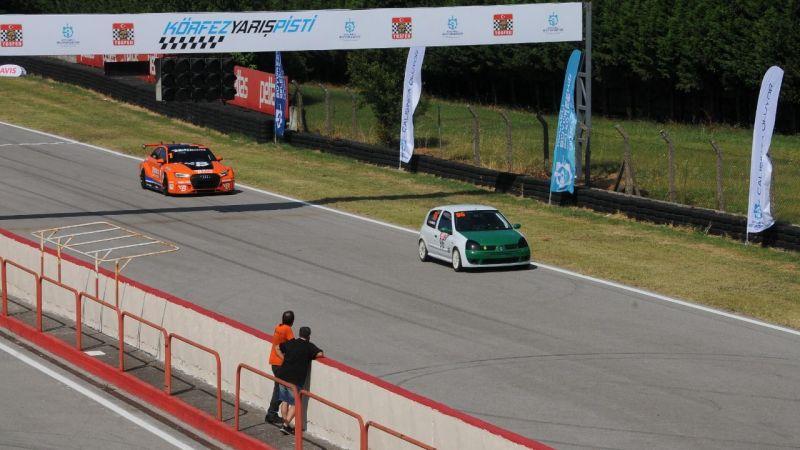 TOSFED Körfez Pisti'nde yarış heyecanı