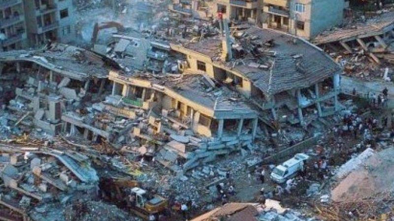 KOTO: Kocaeli'de ömrünü tamamlamış binlerce bina bulunuyor