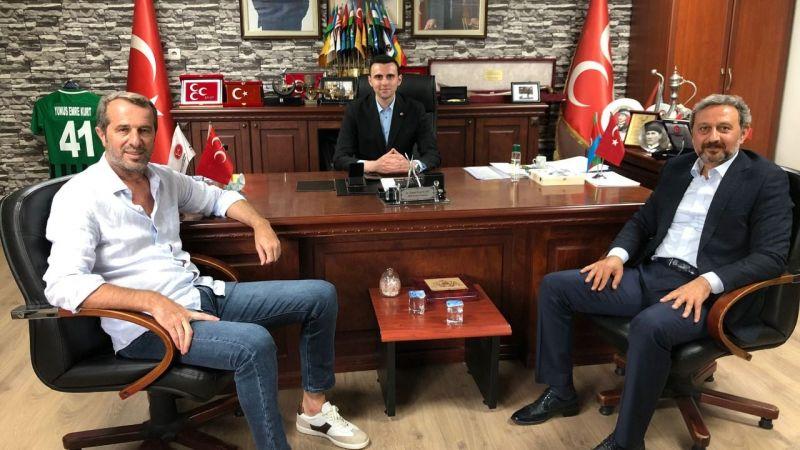 Milletvekillerinden MHP İl başkanı Yunus Emre Kurt'a ziyaret