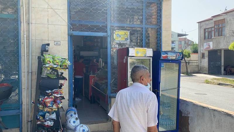 Tartıştığı dükkan sahibini falçatayla yaraladı