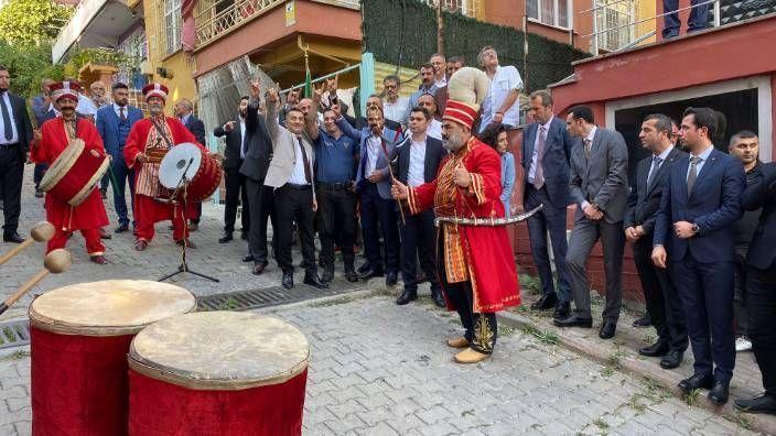MHP İl Başkanı Yunus Emre Kurt'tan Bozkurt işareti yapan polis hakkında açıklama