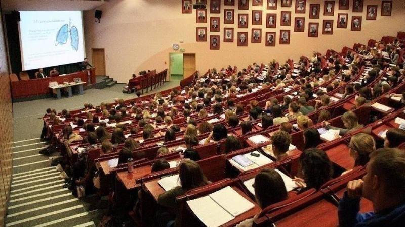 Üniversitelerde Hibrit eğitime geçilecek