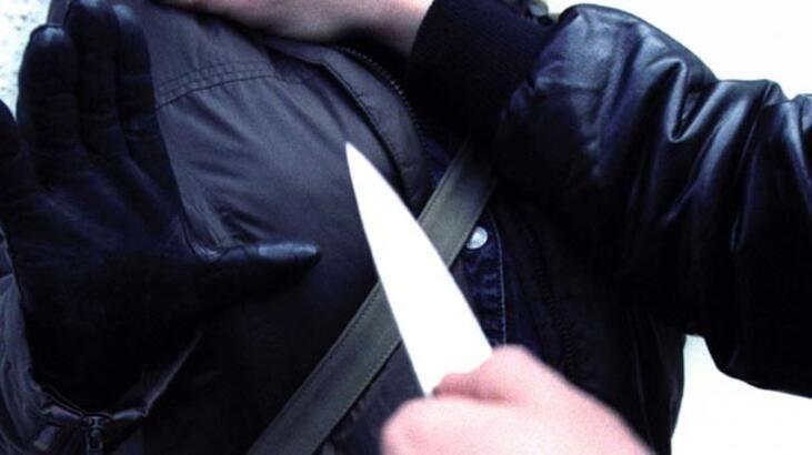 Evde kavga eden baba ve oğlu birbirini bıçakladı