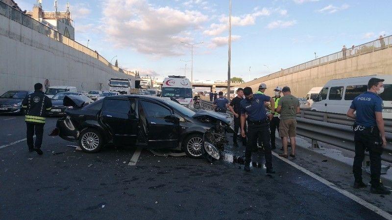 İki otomobilin çarptığı kazada 13 yaşındaki çocuk yaralandı
