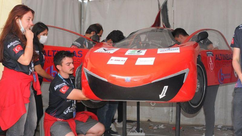 Elektrikli araç yarışlarında Altınbaş Üniversitesi'ne performans ödülü