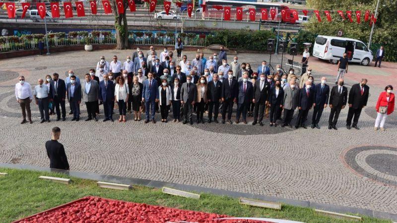 CHP Kocaeli'den 98. kuruluş yıl dönümü kutlaması