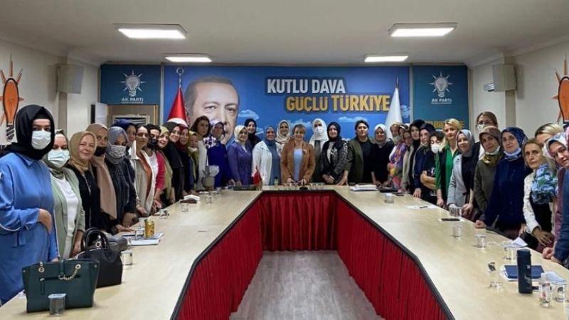 AK Parti Kadın Kolları Başkanı Yasemin Özdemir yeniden sahada