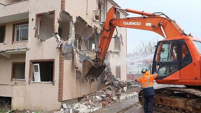İzmit'te o cadde bina yıkımı nedeniyle trafiğe kapatılacak