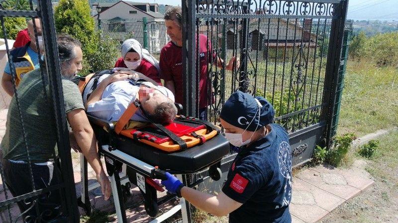 Eski ev sahibinin av tüfeği ile vurduğu vatandaş ağır yaralandı
