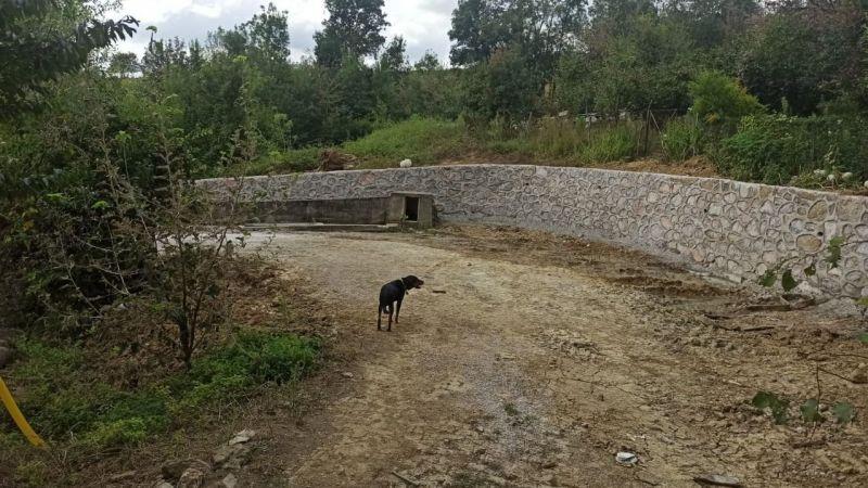 İstinat duvarları inşa ediliyor