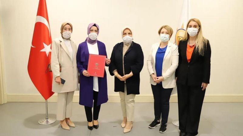 AK Kadınlar Körfez İlçe Başkanı Aysun Demir oldu