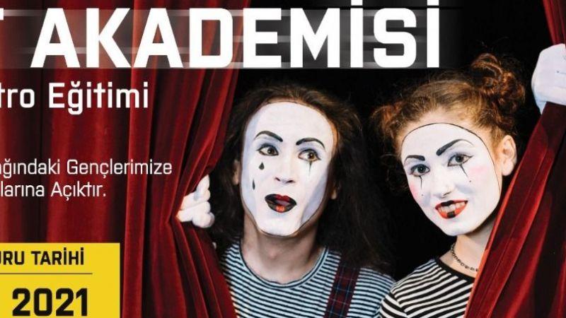 Sanat Akademisi'nde tiyatro eğitimleri başlıyor! Başvurular bugün