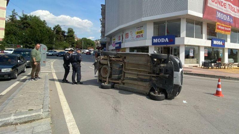 İzmit'te feci kaza: 1'i çocuk 2 yaralı