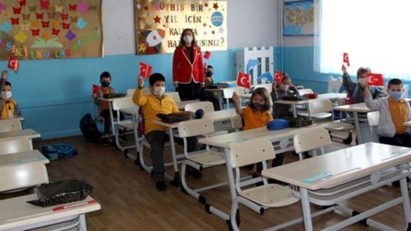Bakanı Özer: Okullardaki devamlılık oranı yüzde 95'in üzerinde