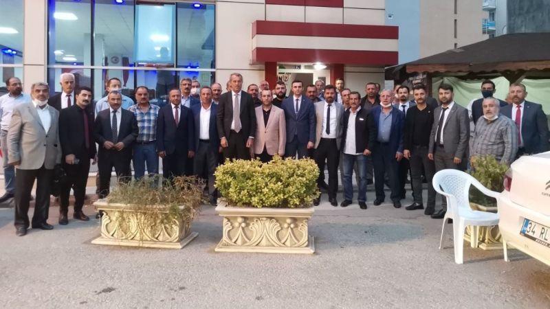 MHP'liler Derince'ye çıkarma yaptı