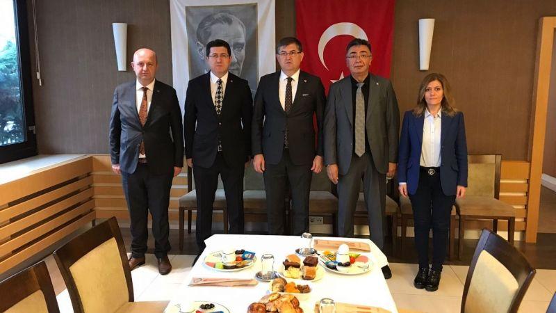 Muhalefet partilerinin Kocaeli il başkanları bir araya geldi