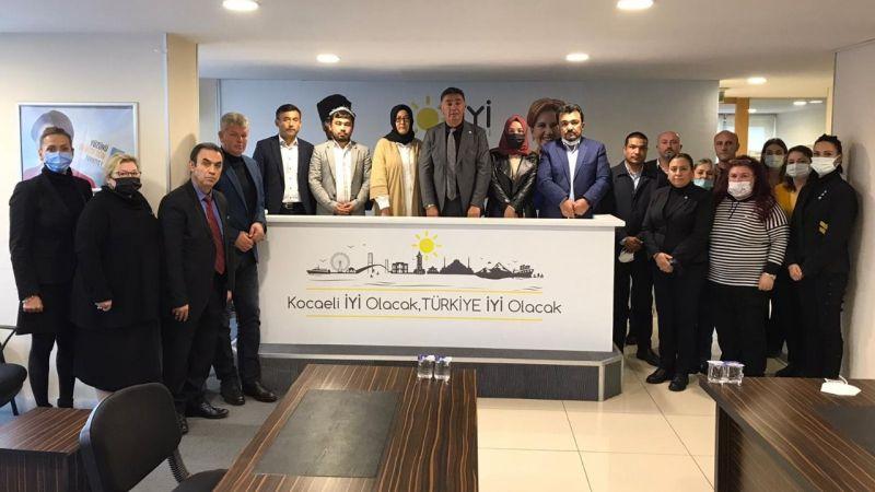 Şanbaz Yıldız'dan Doğu Türkistanlılara destek