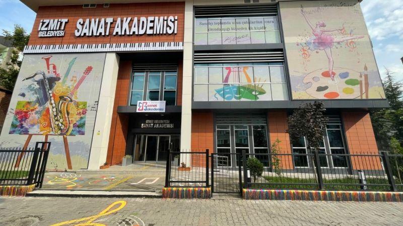 İzmit Sanat Akademi açılıyor!
