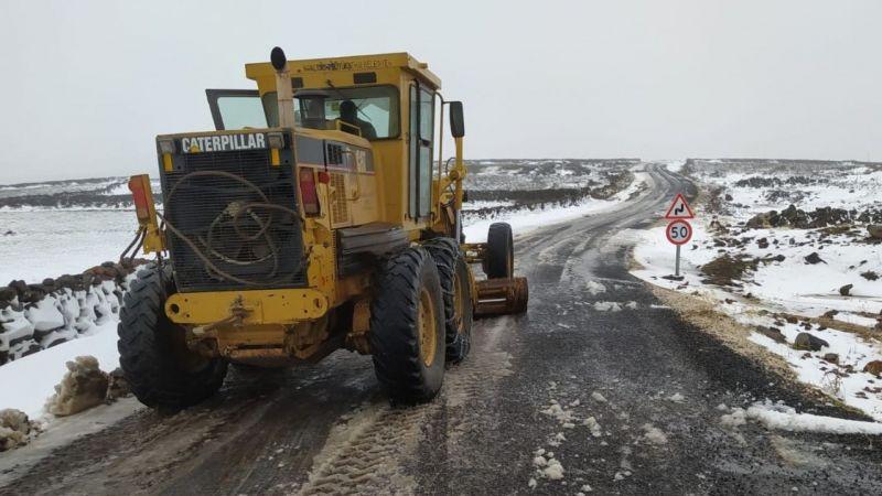 Büyükşehir de karla mücadelesine devam ediyor