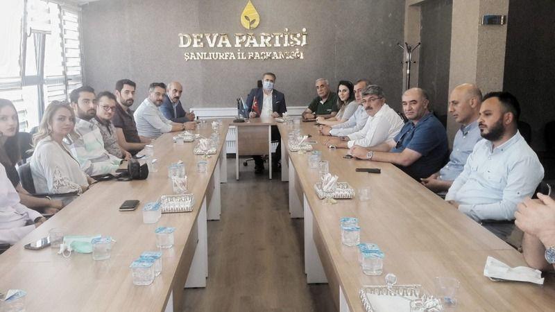 Sorunlar görüşüldü: Urfa'da CHP heyetinden DEVA Partisi'ne ziyaret!